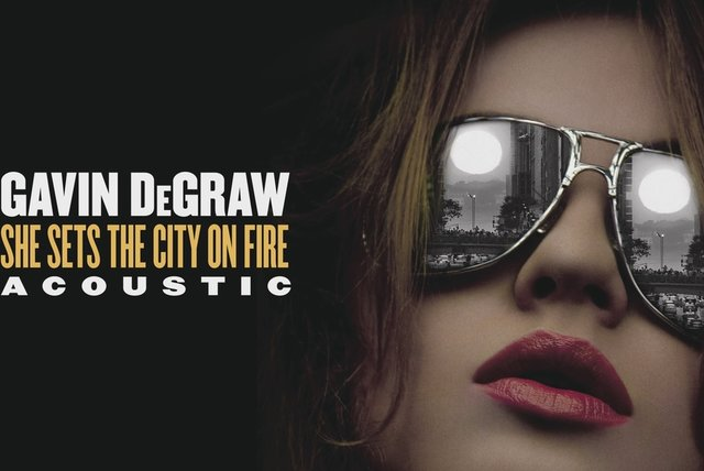 She Sets The City On Fire (Acoustic (Audio))