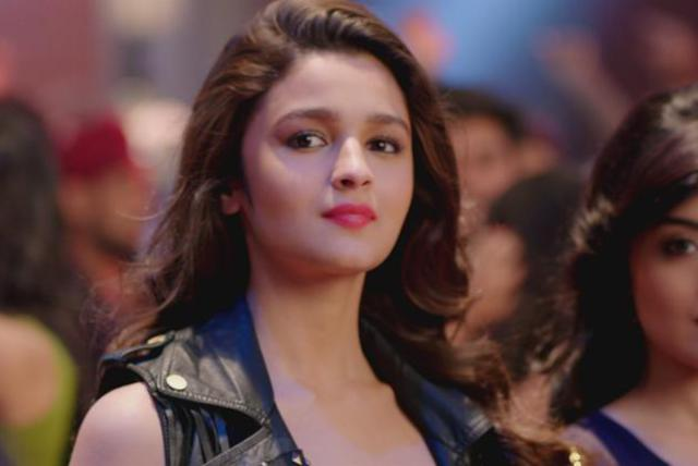 Tidal Watch Lucky Tu Lucky Me From Humpty Sharma Ki Dulhania By