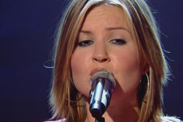 White Flag (Top Of The Pops 2003)