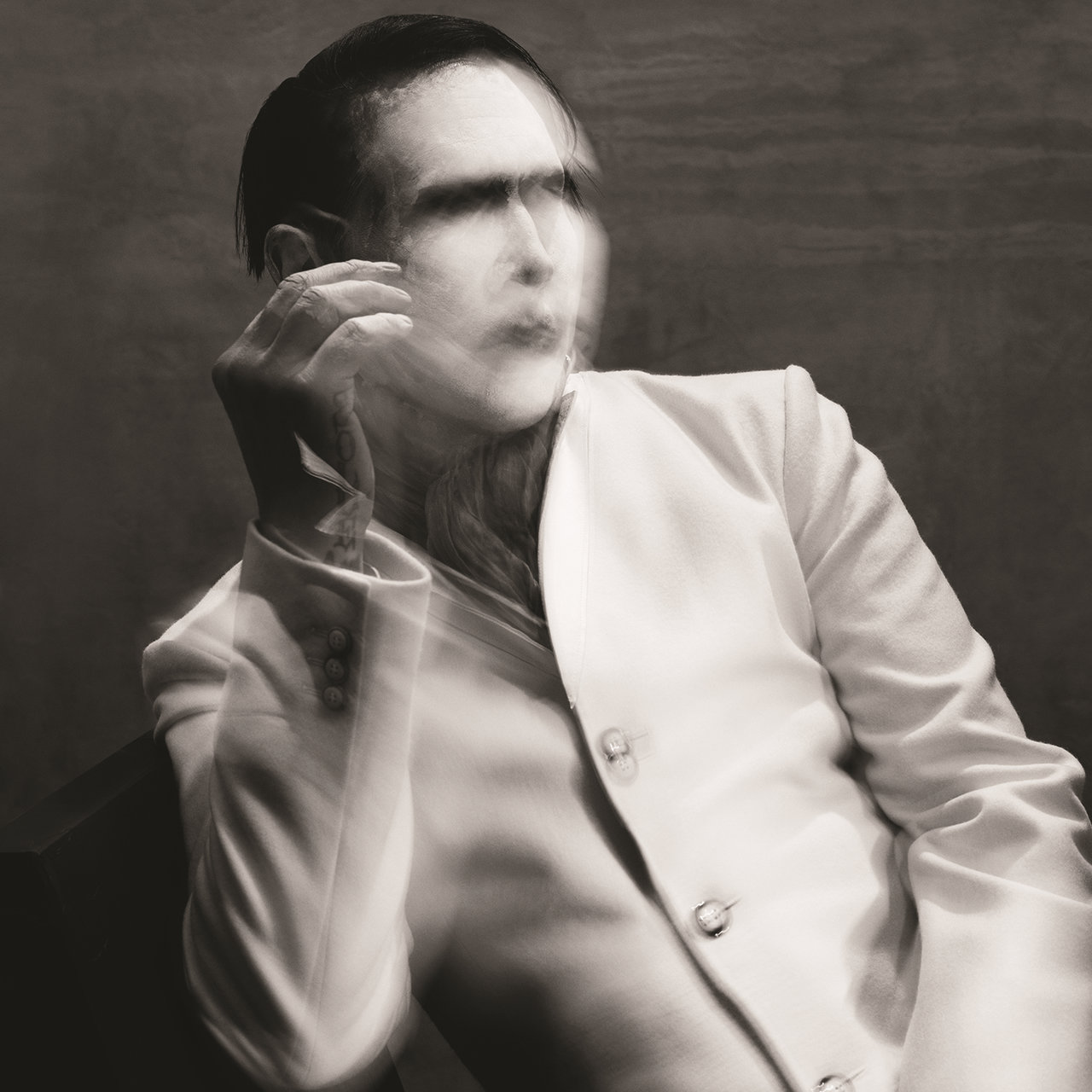 THE PALE EMPEROR (Deluxe Edition)