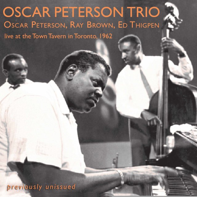 Live at the Town Tavern in Toronto (1962)