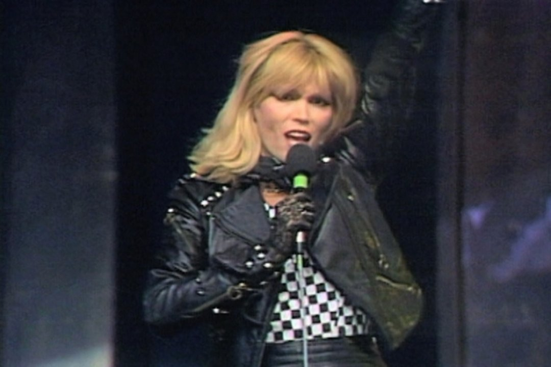 TIDAL: Watch Diamonds (ZDF Disco 31.12.1979) (VOD) on TIDAL