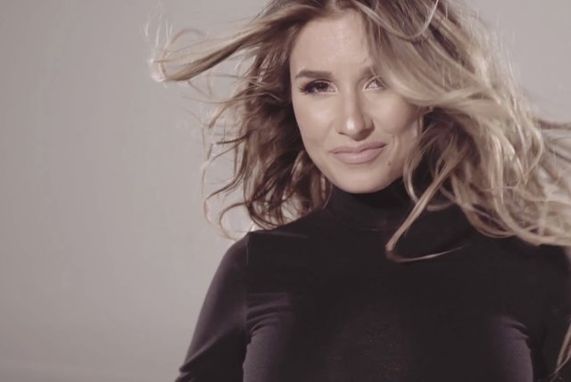 Love On The Brain - Behind The Scenes by Jessie James Decker