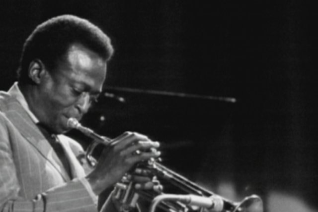 A New Quintet (from The Miles Davis Story)