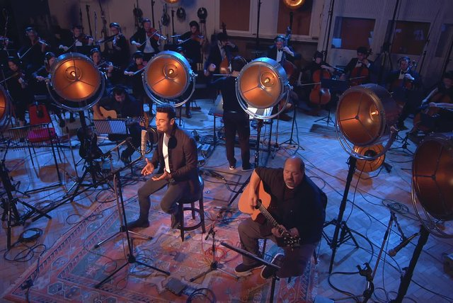 Me Muero (En Vivo) (Sessions recorded at Abbey Road)
