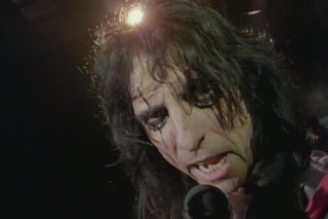 Welcome to My Nightmare (from Alice Cooper: Trashes The World)