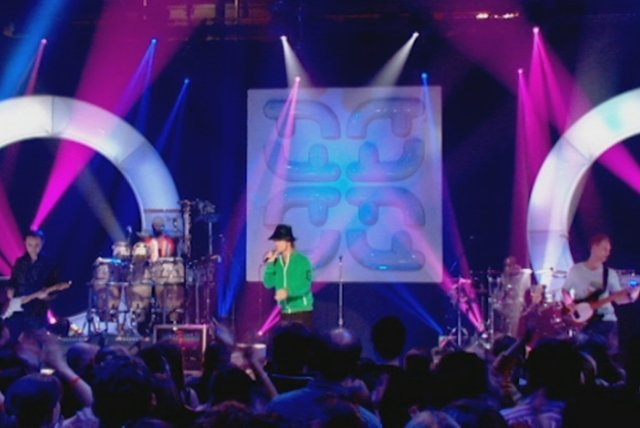 Seven Days in Sunny June (Top Of The Pops 2005)