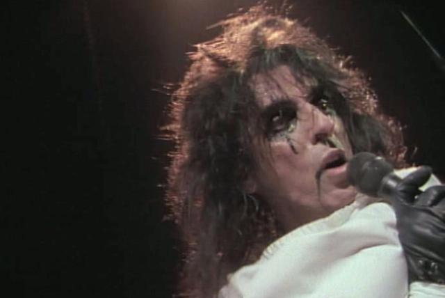 Ballad of Dwight Fry (from Alice Cooper: Trashes The World)