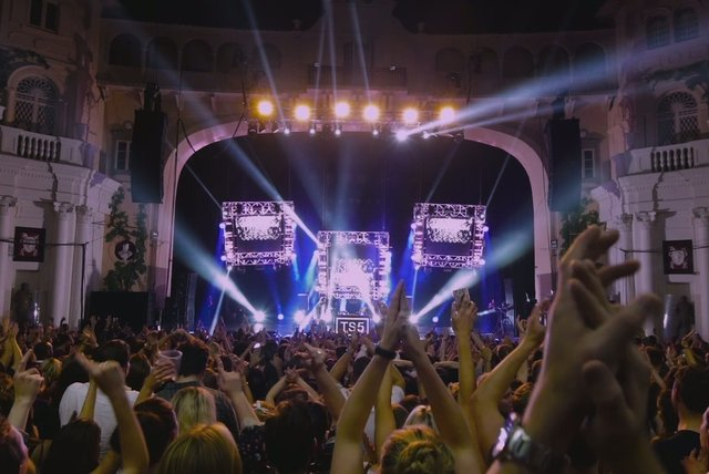 Change My Love (Live from Brixton Academy)