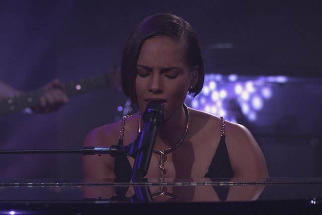If I Ain't Got You (Live from iTunes Festival, London, 2012)